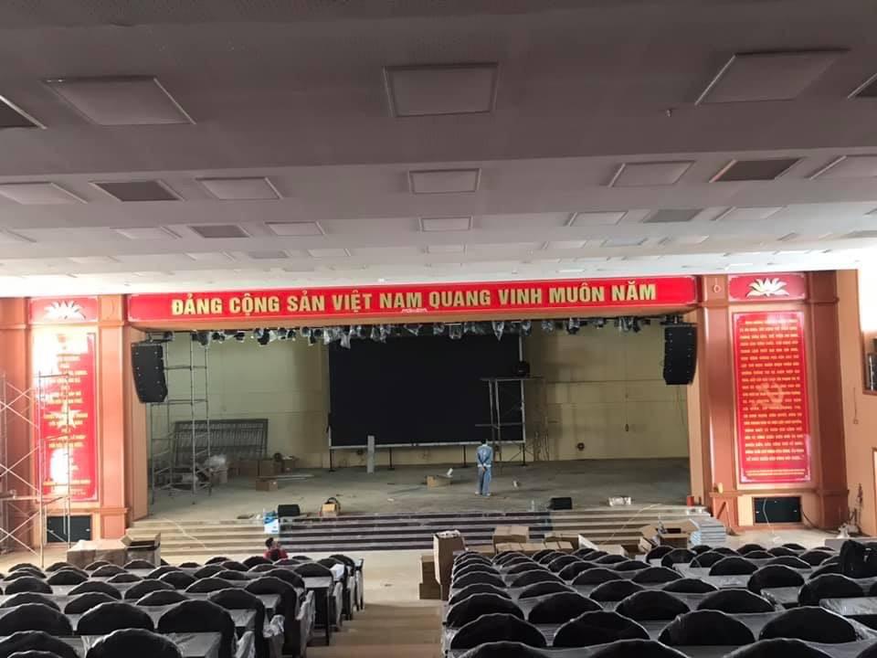 lắp đặt dàn âm thanh sân khấu hội trường Quận Kiến An - Hải Phòng