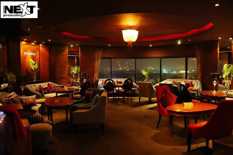 Rooftop Bar là một mô hình quán Bar kết hợp nhà hàng