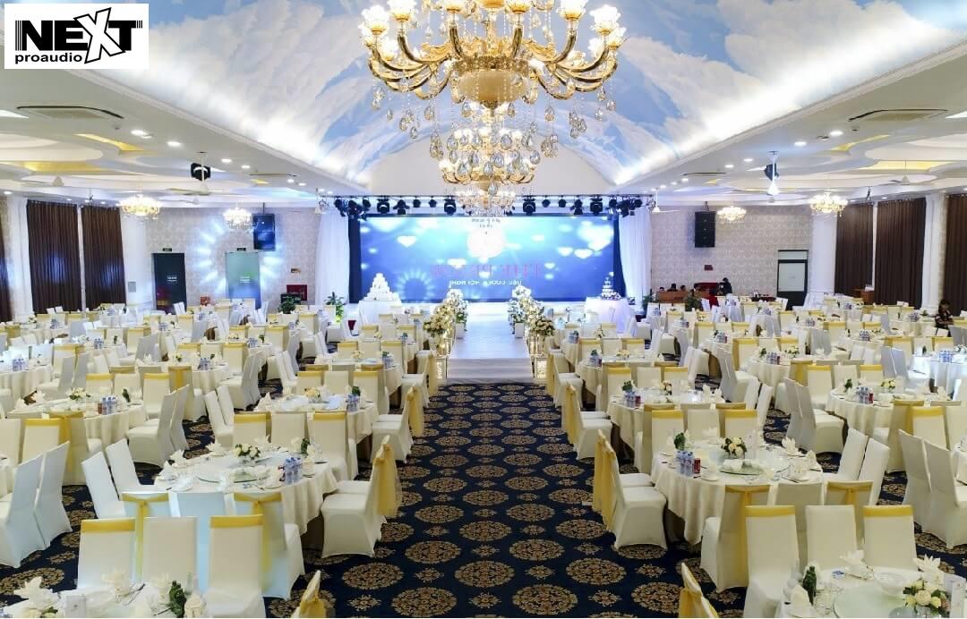 Mua loa hội trường để suwrdungj cho hội trường đám cưới